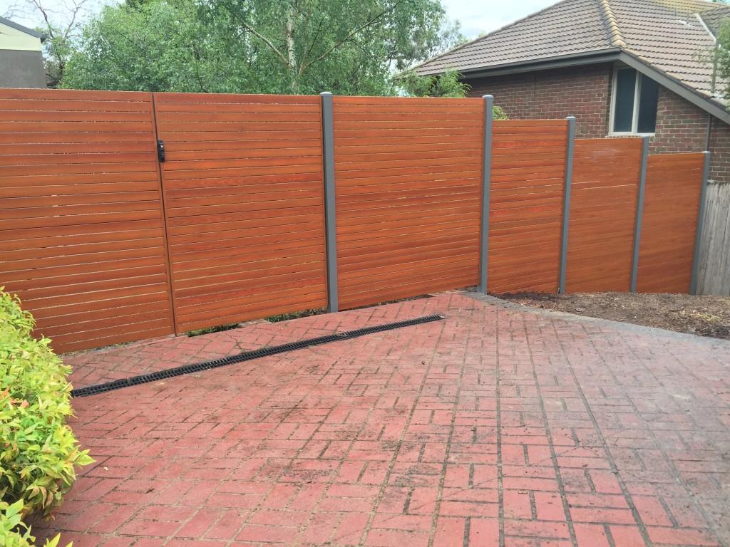 Aliscreen aluminium slat fence gate 7