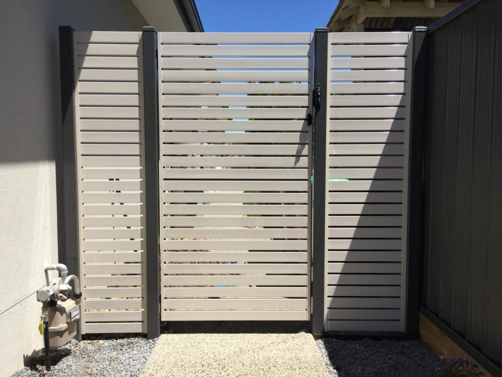 Aliscreen Pedestrian Gate Aluminium Slats