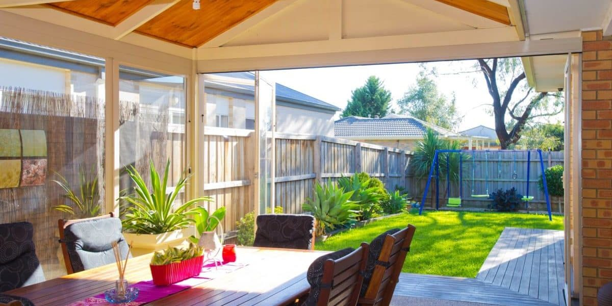 How to Enclose Your Outdoor Patio and Alfresco Area - Accolade